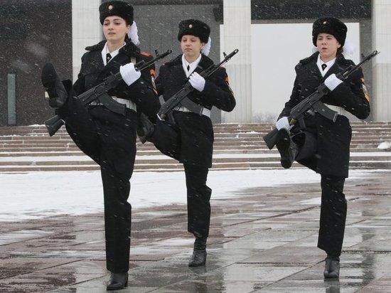 В Госдуме приняли закон о воспитании патриотизма в школах