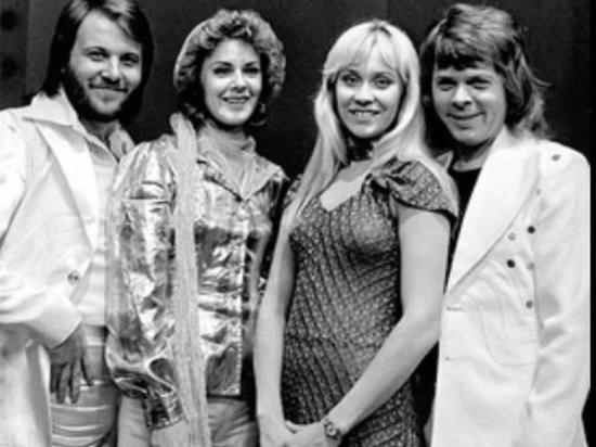 ABBA выпустит новые песни спустя почти 40 лет