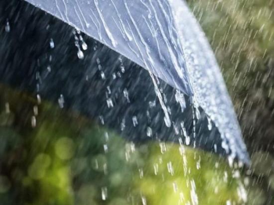 В Челябинской области похолодало до +26, дожди, грозы, град, сильный ветер