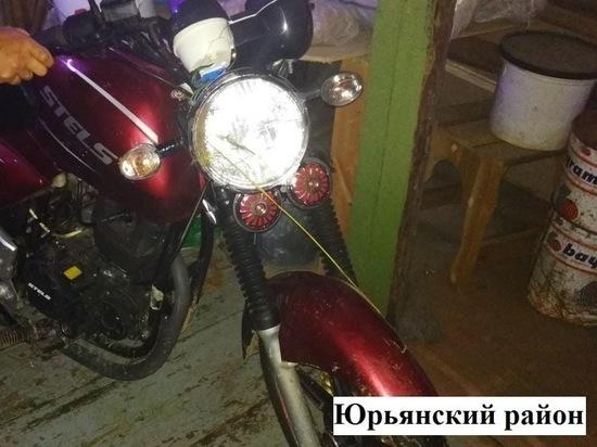 В Юрьянском районе из-за пьяного водителя мотоцикл упал на ребёнка
