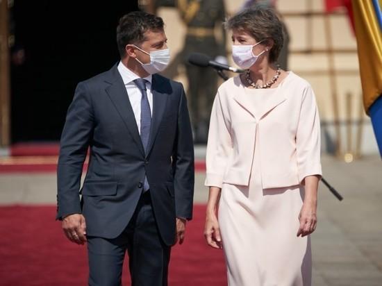 Зеленский повез президента Швейцарии в Донбасс