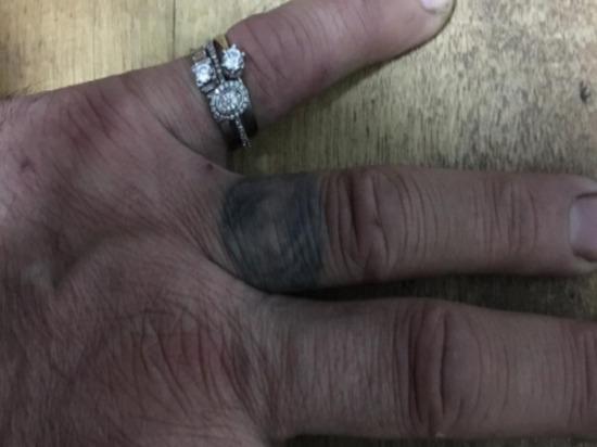 Грабитель ювелирного магазина в Туле щеголял в кольцах с бриллиантами