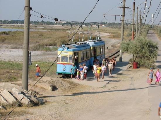 Небольшое село Молочное расположено в 10 км от Евпатории.