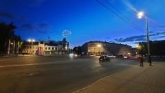 Фейерверк в День города, вид с Октябрьской площади