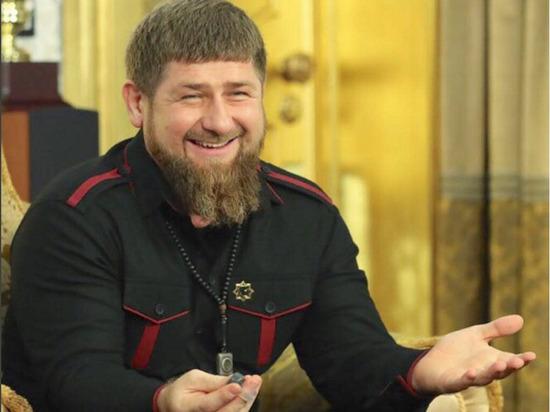 """Кадыров """"ввел санкции"""" против Помпео"""