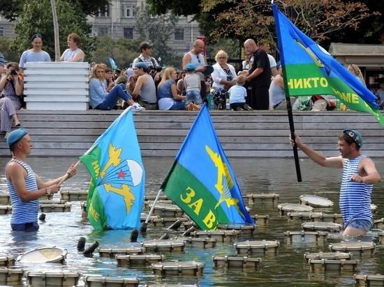 Роспотребнадзор разрешил десантникам отпраздновать День ВДВ