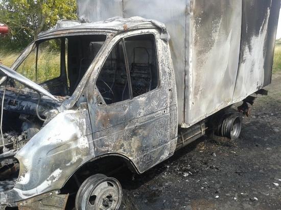 Под Курском сгорел грузовик