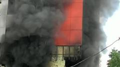 В московских Кузьминках загорелась новостройка