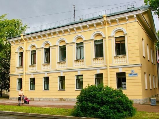 Ко Дню ВМФ в Кронштадте отремонтировали фасады 13 домов