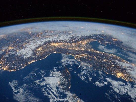 США предложили России создать линию связи по космосу