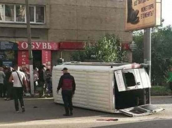 Пострадавшие в ДТП с маршруткой в Чите ищут помогавшего им водителя