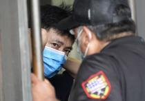 Федеральные агенты США и сотрудники местных правоохранительных органов вторглись в здание консульства Китая в Хьюстоне