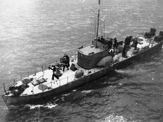 Командир судна одержал победу над полусотней немецких бомбардировщиков