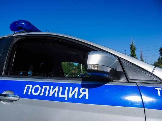 В Волжском задержали мужчину с 35 свертками наркотика