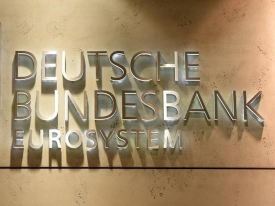 Президент Бундесбанка: Существует ли риск заражения через наличные деньги