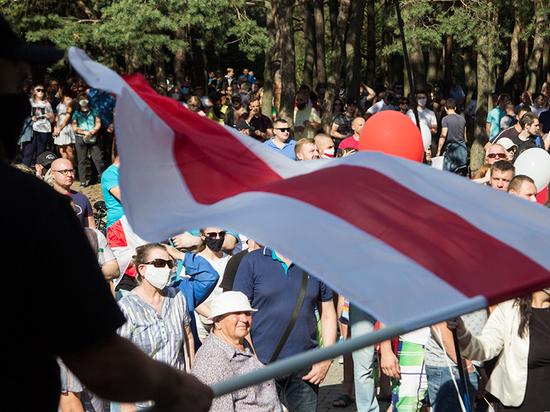 Белоруссии предсказали «бархатную революцию»