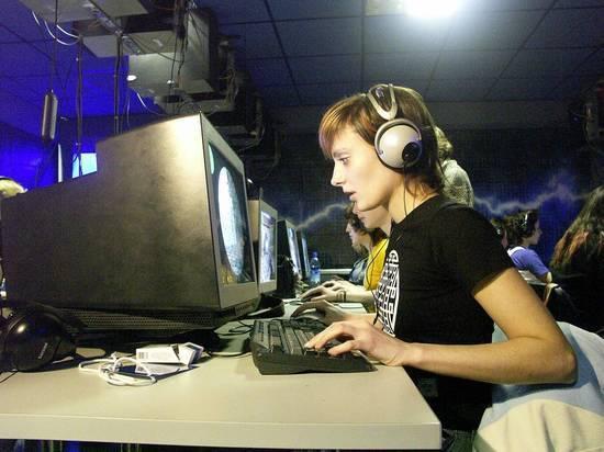 Дмитрий Мариничев назвал неизбежным подорожание доступа в Интернет