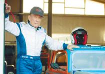 Чемпион СССР в картинге Олег Трегубов рассказал о работе дантистом