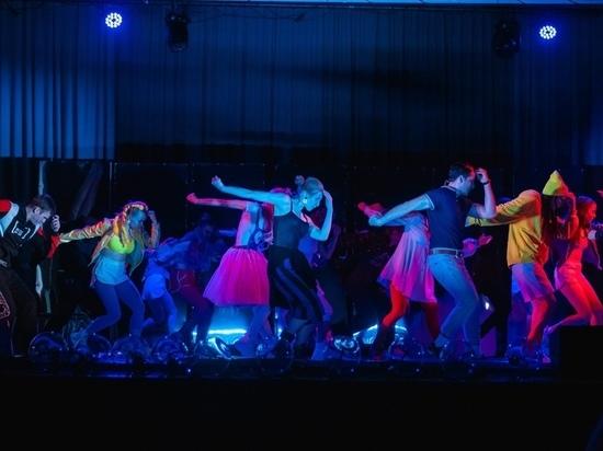Репетиции в театрах и тренировки в секциях разрешат в Новосибирской области
