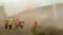 """Стену Трампа"" на границе с Мексикой разрушил ураган: кадры стихии"