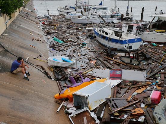 Техас продолжает бороться с последствиями разрушительных погодных явлений