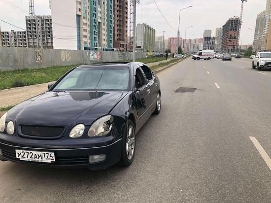 В Челябинске мужчина попал под колеса иномарки и погиб