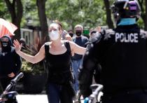 В Сиэтле объявили охоту на полицейских: кто стоит за погромами