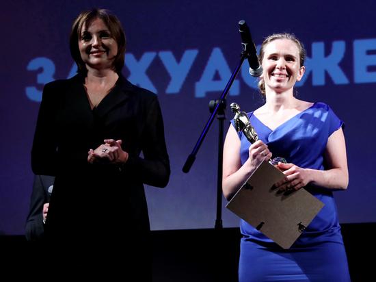 Актриса Яна Есипович, поработав с Лунгиным и Федорченко, сняла 5-минутный фильм