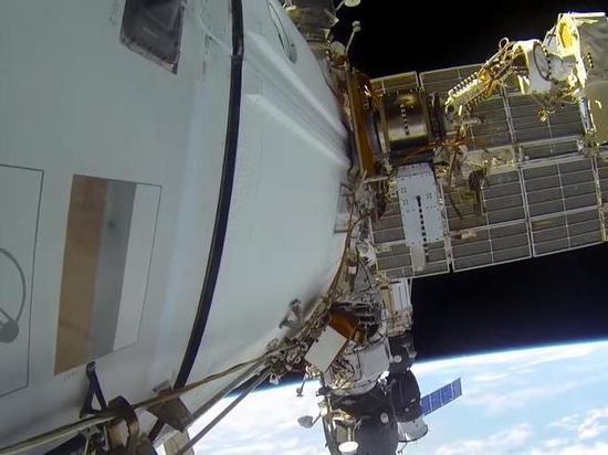 На МКС снова приступили к поиску источника токсичного бензола