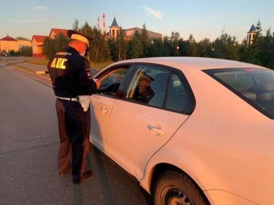 ГИБДД ловила пьяных водителей на дороге Салехард — Лабытнанги