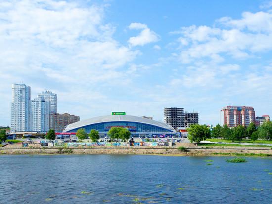 «Торговый центр» и бассейн «Ариант» продаются в Челябинске