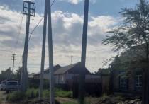 На улицах Кызыла меняют опоры электролиний