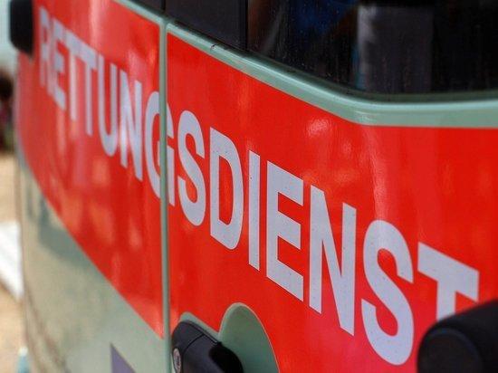 Германия, Бохольт: Отец при развороте машины травмировал трёхлетнюю дочь