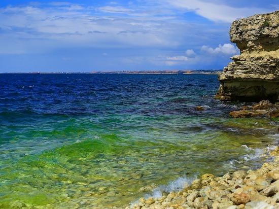 Отдых в Крыму внезапно подешевел
