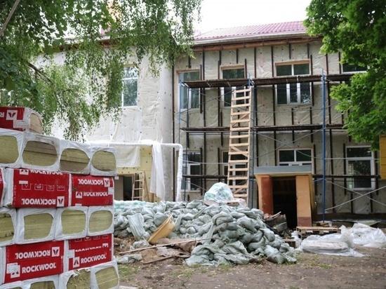 Сегодня Серпухов, по сути, представляет собой большую строительную площадку: в разных частях города полным ходом идут строительные и ремонтные работы