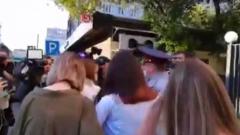 """Марию Хачатурян встретили у суда криками """"Свободу!"""""""