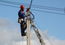 За 6 месяцев энергетики отремонтировали 2000 км линий электропередачи