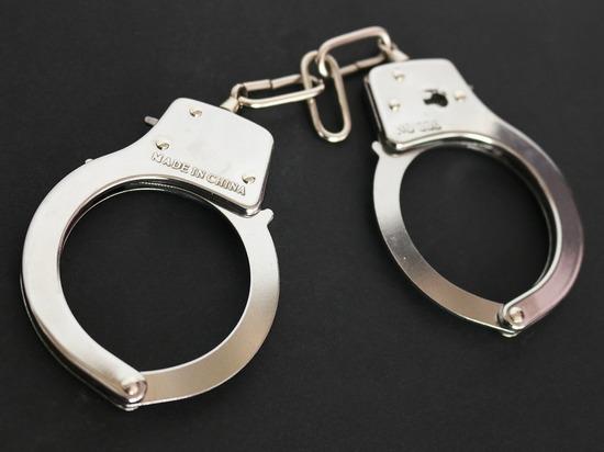 Житель Сургута уговорил девочку попробовать наркотики и попал под следствие