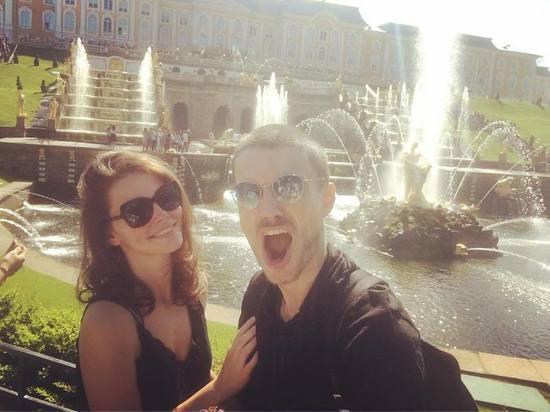 Лиза Боярская поздравила мужа с оловянной свадьбой