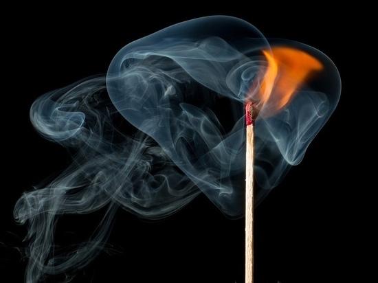 Из-за неосторожного обращения с огнём в «Псковитянке» сгорел мужчина