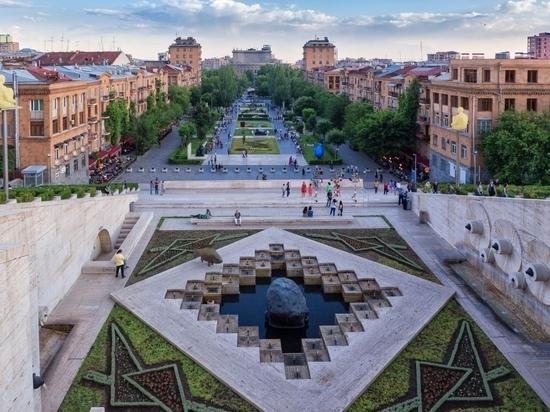 Жителям Тверской области разрешили покинуть Ереван