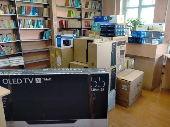 В сельские библиотеки Тувы продолжает поступать новое компьютерное оборудование