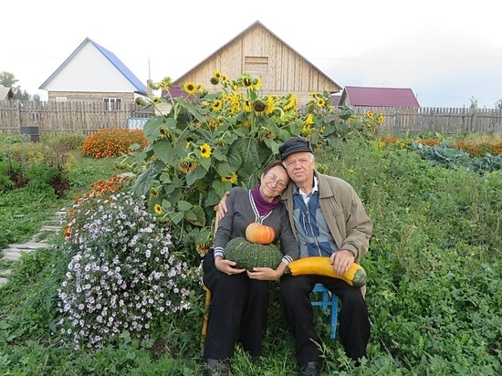 Жители Хакасии рассказали о своих дачах в фотопроекте