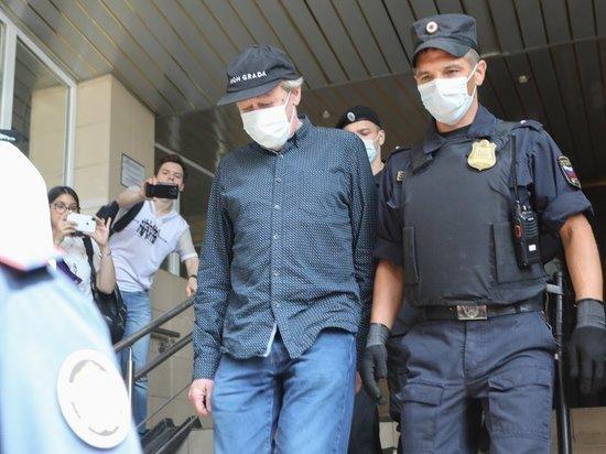 Начало процесса по смертельному ДТП перенесли из-за неявки адвоката актера