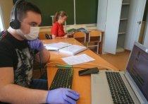 В МГУ начались вступительные экзамены по новым правилам