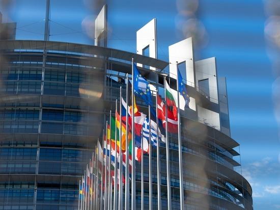 276bc45bfbc5429852eb5d53ff9a5646 - Коронавирус закрыл Европу: Евросоюз не пустит россиян до осени