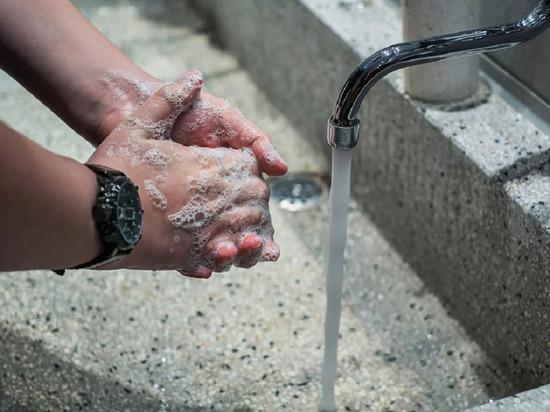 Исследования показали срок гибели коронавируса в воде