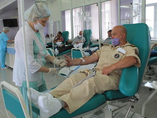 В Ивановской области сотрудники МЧС за два дня сдали около 14 литров крови
