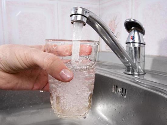 Калмыцкому району выделены средства  для очистки водопроводной сети