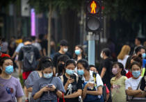 Главный эпидемиолог Китая заявил, что вспышки COVID-19 в Ухане, Пекине и Даляне имеют определенное сходство и не носят случайный характер